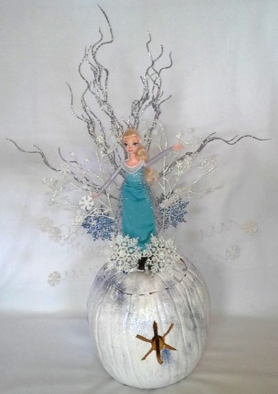 Elsa Snow Flurry Pumpkin Centerpiece by Day